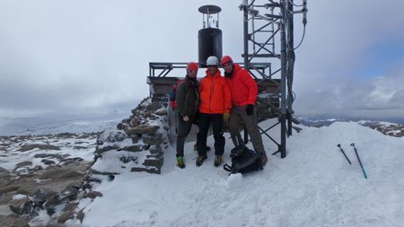 Winter skills course - summit of Cairn Gorm