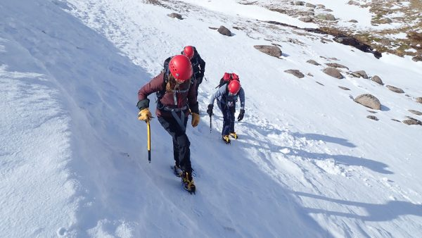winter skills course - using crampons