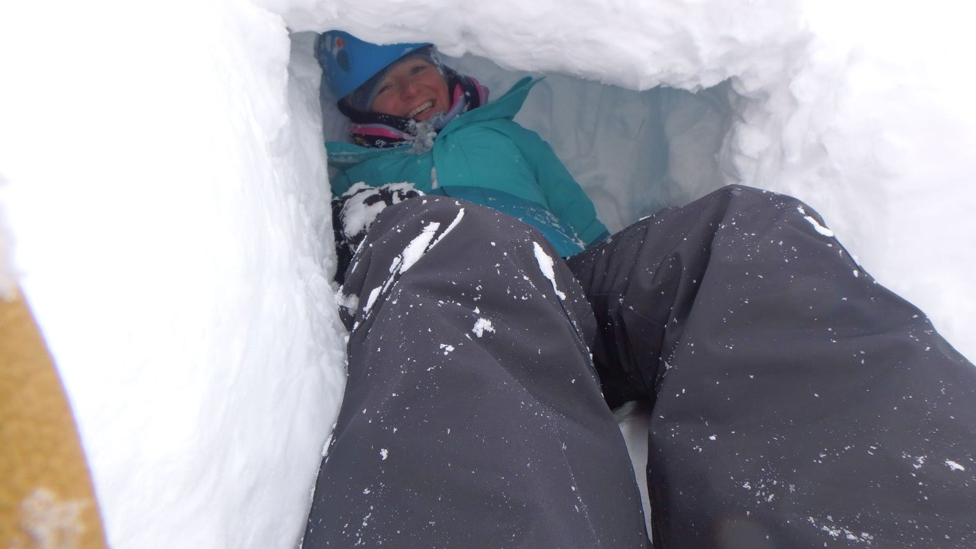 winter skills course emergency shelter