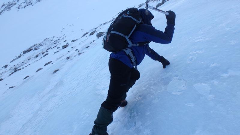 Ascending ice