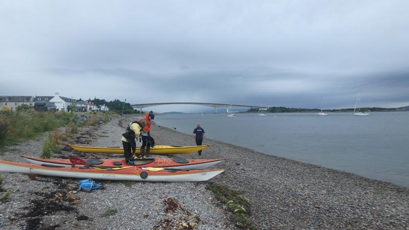 Packing Sea kayaks in Kyleakin